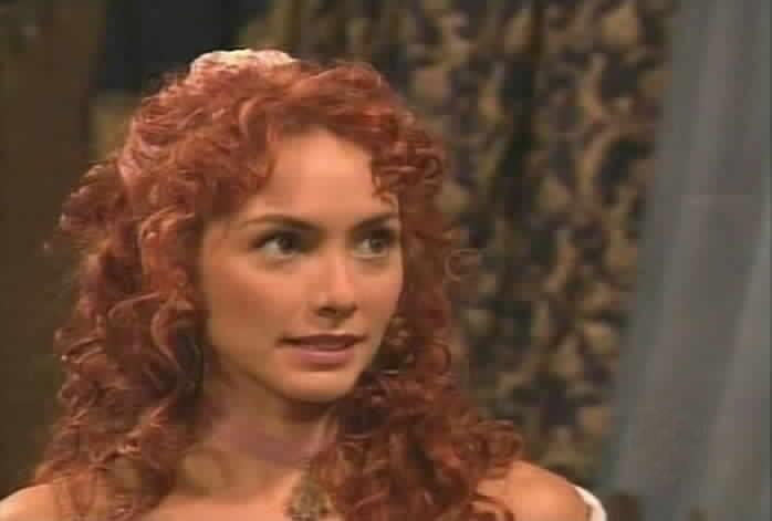 Andrea López is Mariangel Sánchez de Moncada